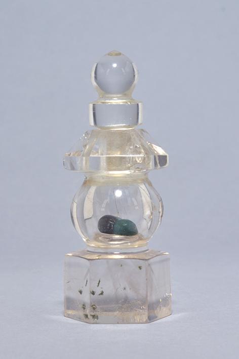 水晶製五輪仏舎利塔